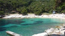 Naaktstrand Kandarola, Rab, Kroatië